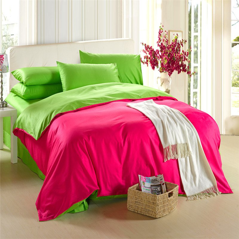 Image of: Pink Bright Bedding Sets