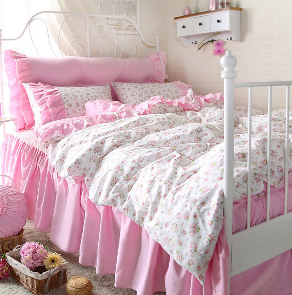 Image of: Pink Daybed Bedding Sets For Girls