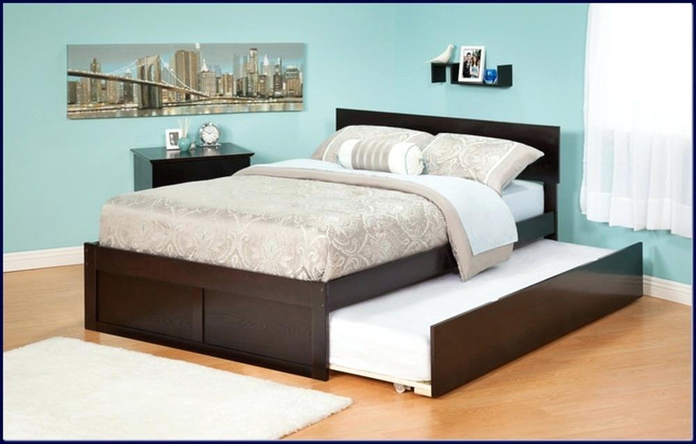 Image of: Queen Trundle Bed Skirt