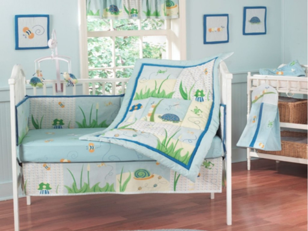 Image of: Round Blue And Green Bedding Sets