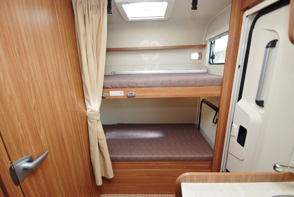 Image of: Rv With Bunk Beds for Sale