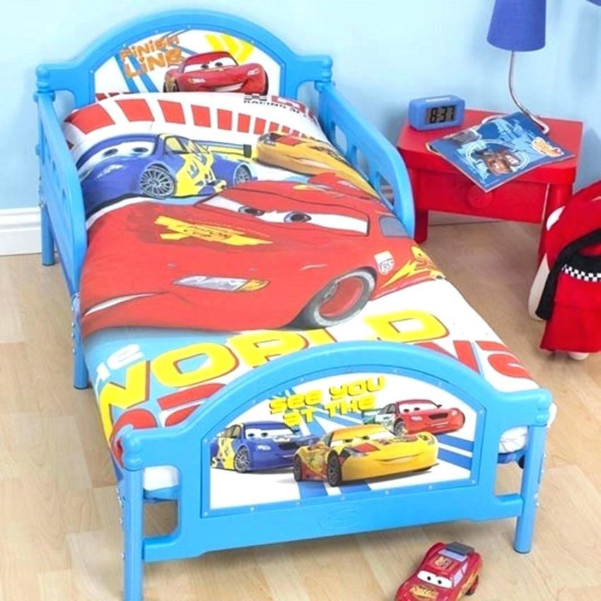 Image of: Small Cars Toddler Bed Set