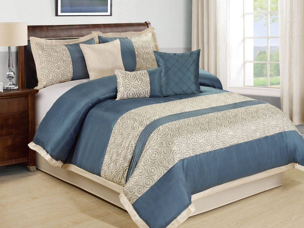 Image of: Southway Blue And Grey Bedding Sets