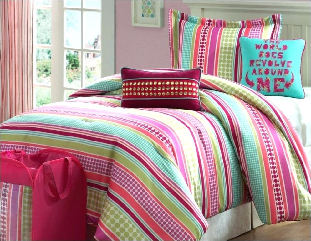 Image of: Strip Bright Colorful Bedding Sets