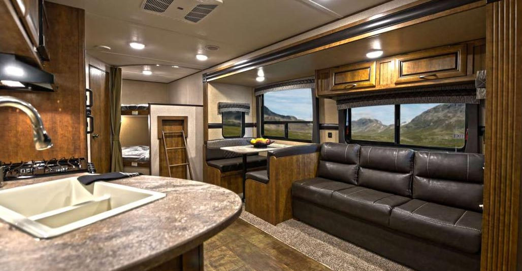 Image of: Travel Trailers with Bunk Beds Ideal