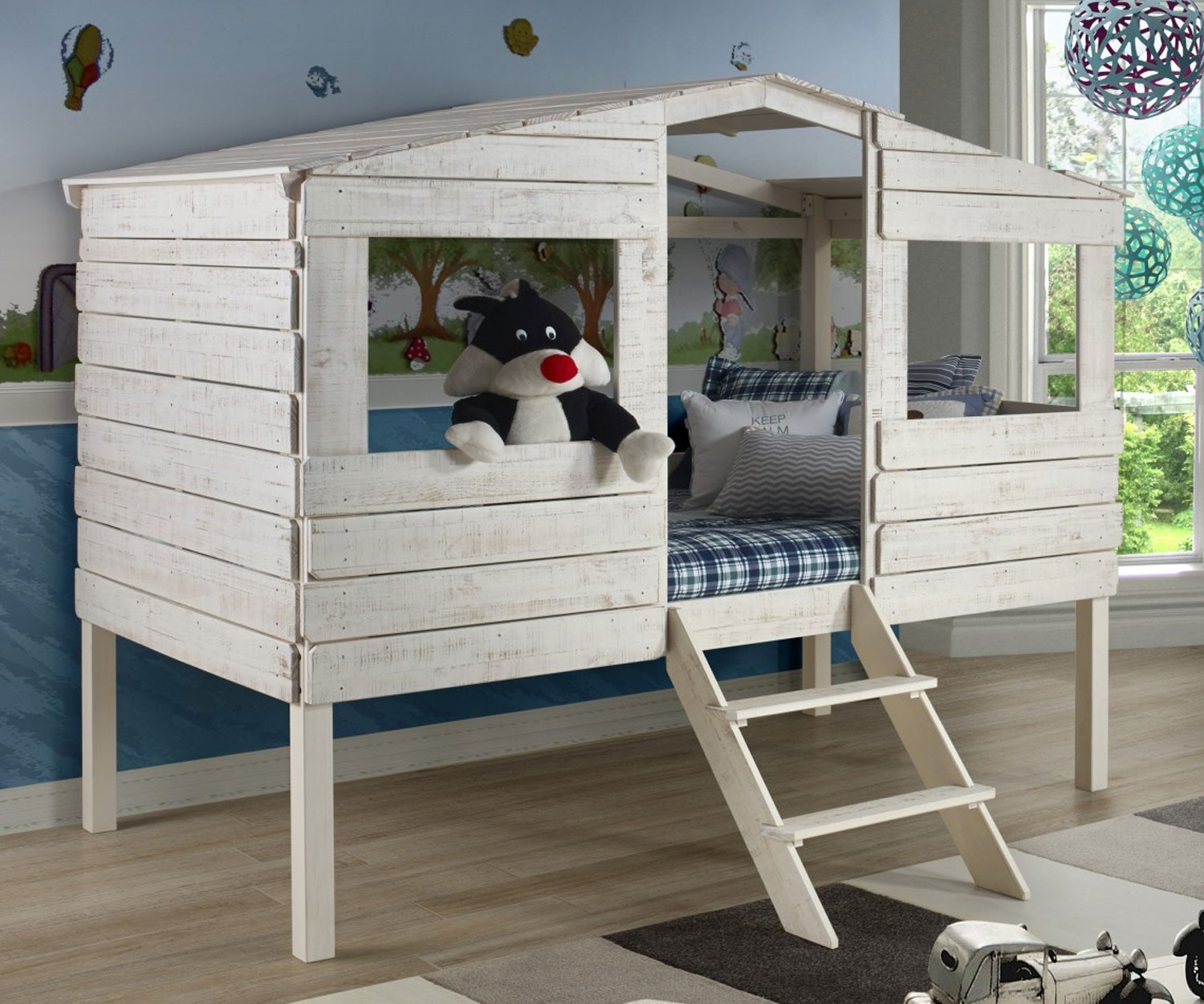 Image of: Treehouse Loft Bed With Slide