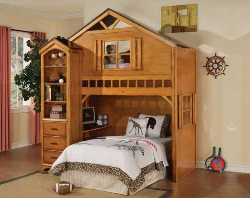Image of: Treehouse Loft Bed With Storage