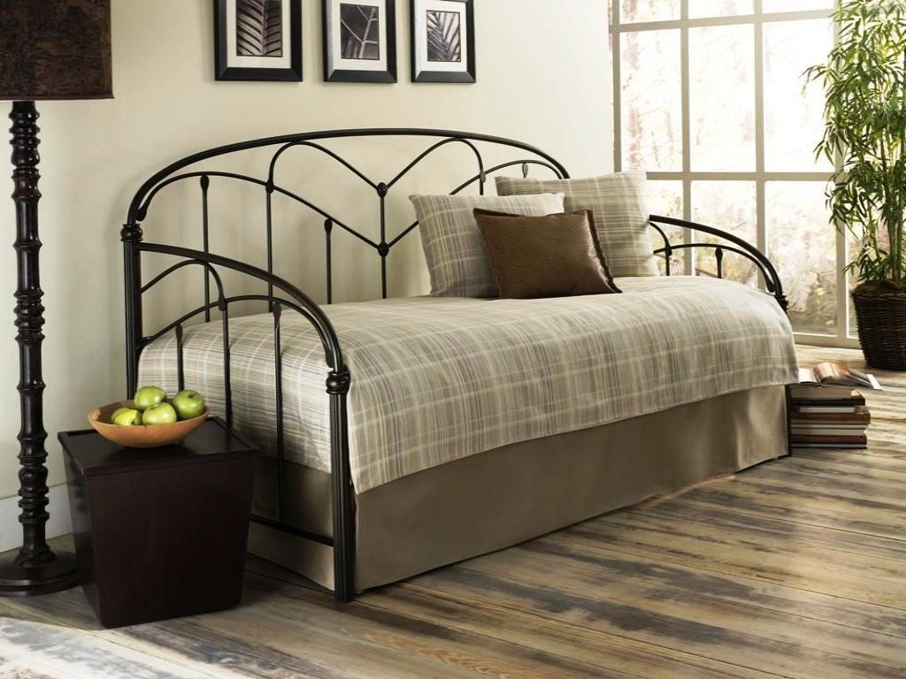 Image of: Wayfair Trundle Day Bed
