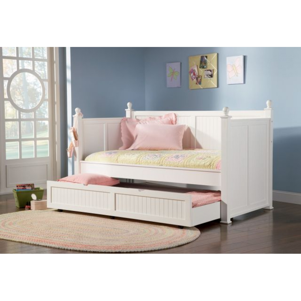 Image of: White Day Beds with Trundle