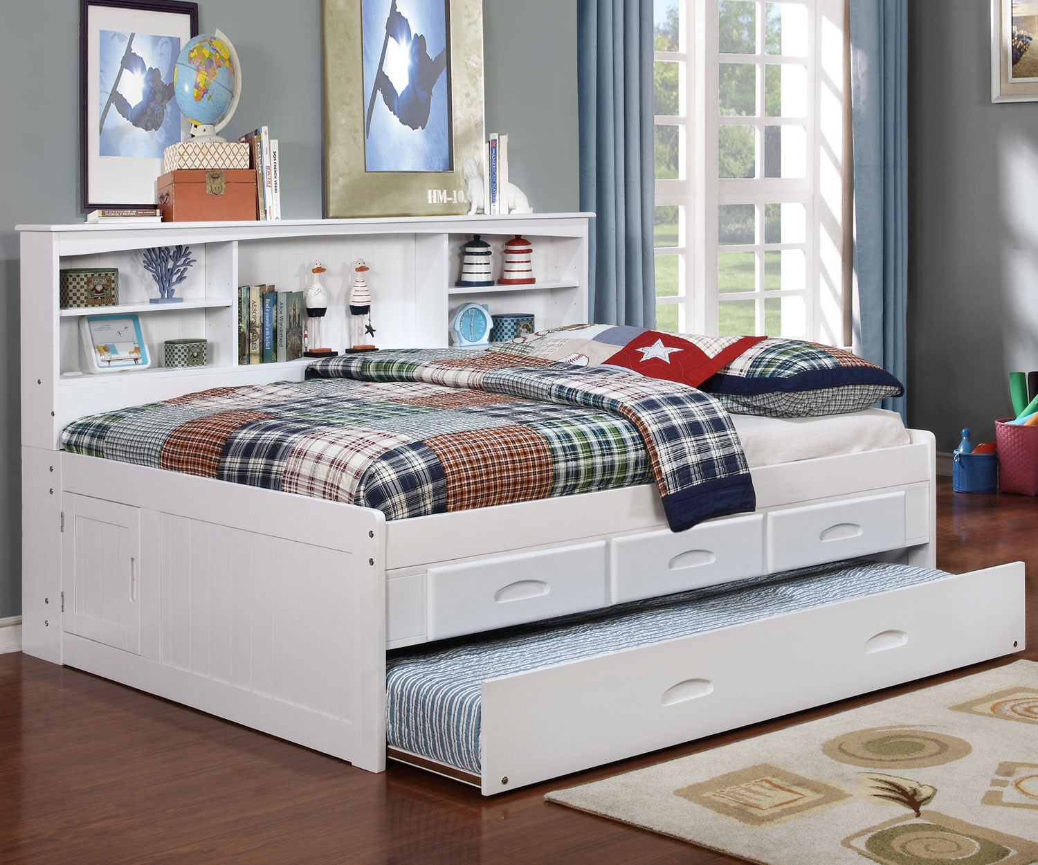 Image of: White Full Bed with Trundle