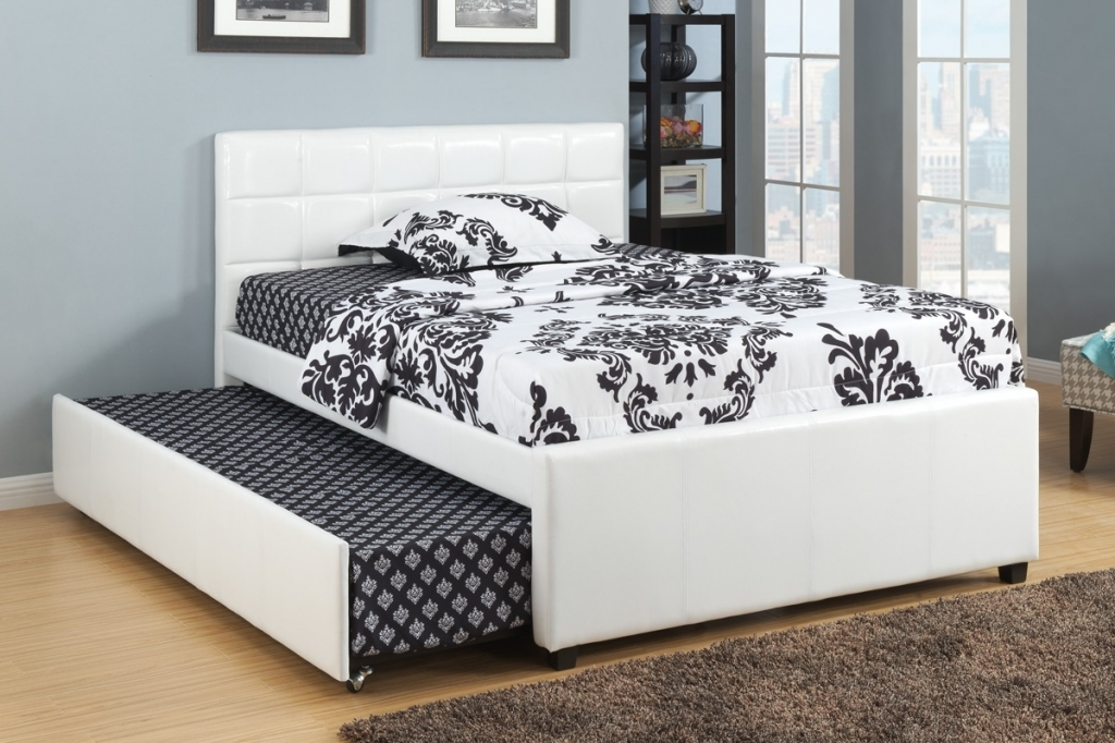 Image of: White Queen Bed with Trundle