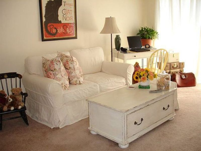 Image of: Shabby Chic Living Room Chairs