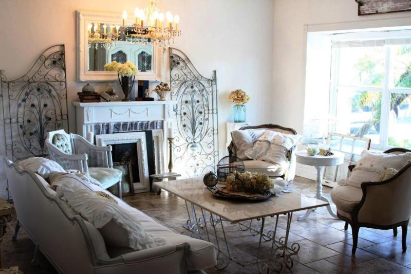 Image of: Shabby Chic Living Room Sets