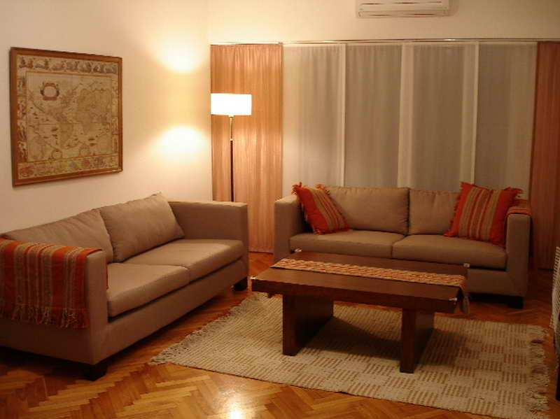 Image of: Simple Living Room Decoration Ideas
