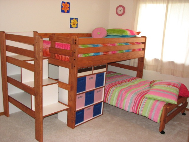 Image of: Sturdy Bunk Beds With Stairs